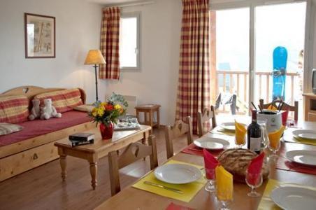 Location au ski Le Hameau De Balestas - Peyragudes - Porte-fenêtre donnant sur balcon