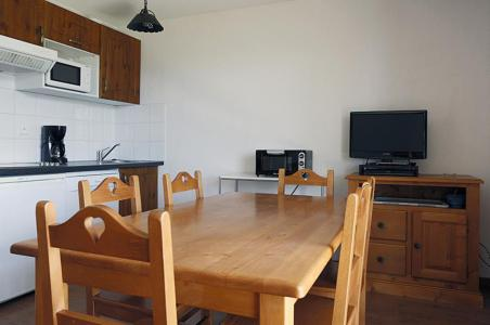 Rent in ski resort 3 room apartment 6 people (112) - Résidence le Hameau de Balestas - Peyragudes - Dining area