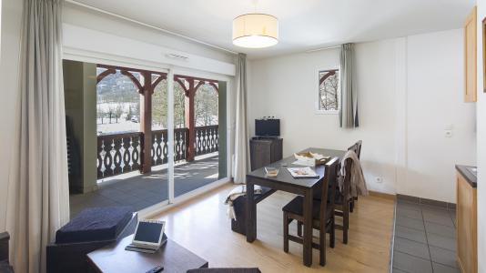 Rent in ski resort Résidence les Jardins de Balnéa - Peyragudes - Living room