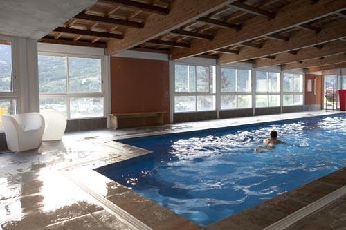 Location au ski Le Chateau Des Magnans - Pra Loup - Piscine