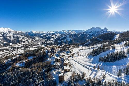 Location au ski Les Bergers Resort Hotel - Pra Loup - Extérieur hiver