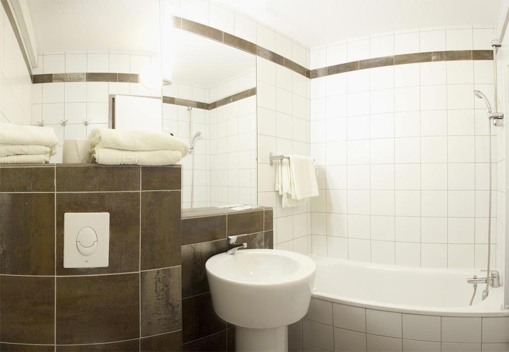 Location au ski Les Bergers Resort Hotel - Pra Loup - Salle de bains