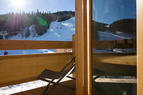 Rent in ski resort Hôtel le Marmotel - Pra Loup - Balcony