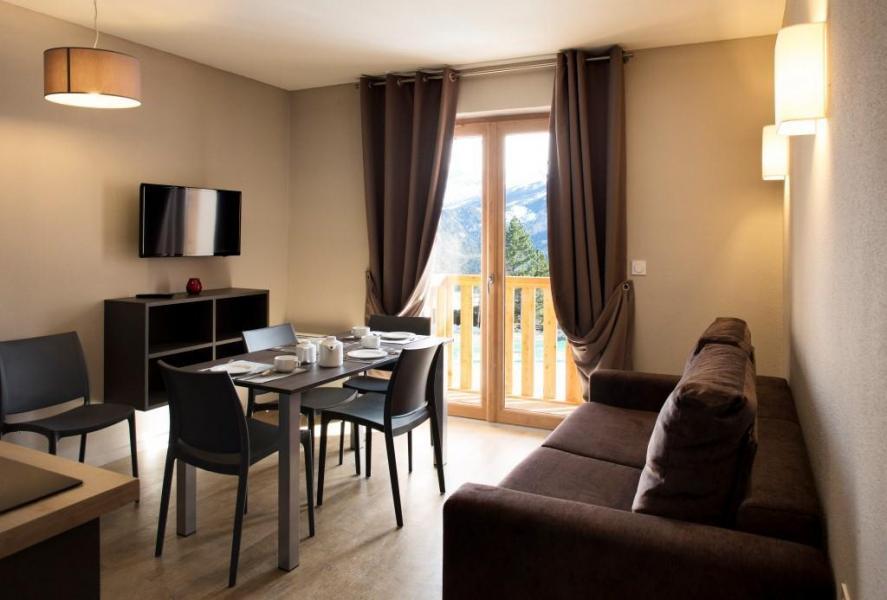 Rent in ski resort Les Bergers Resort Résidence - Pra Loup - Living room