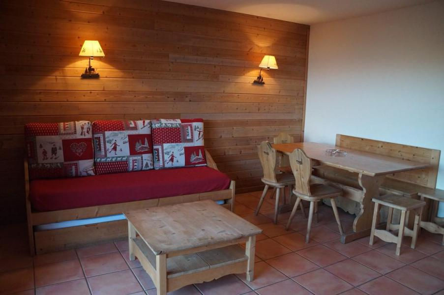 Rent in ski resort 3 room apartment sleeping corner 8 people (G3) - Les Chalets de Praroustan - Pra Loup - Living room