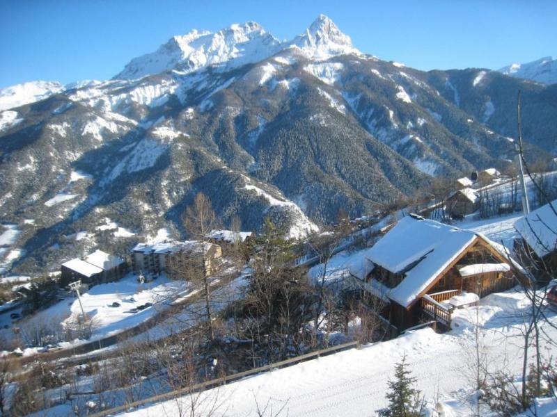 Rent in ski resort Studio sleeping corner 4 people (525) - Résidence la Bérangère II - Pra Loup - Winter outside