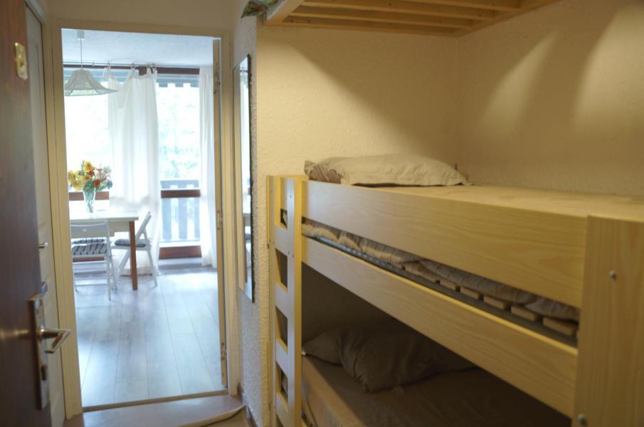 Rent in ski resort Studio sleeping corner 4 people (525) - Résidence la Bérangère II - Pra Loup - Sleeping area