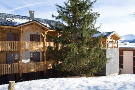 Location au ski Les Bergers Resort Résidence - Pra Loup - Extérieur hiver