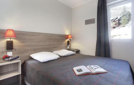 Rent in ski resort Résidence le Village de Praroustan - Pra Loup - Bedroom