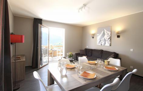 Rent in ski resort Résidence le Village de Praroustan - Pra Loup - Dining area