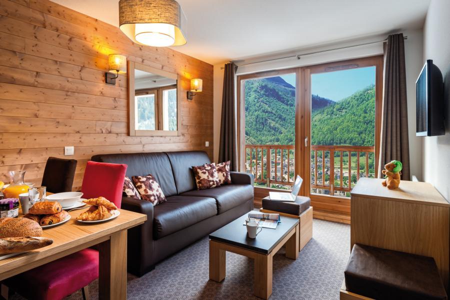 Rent in ski resort Résidence les Hauts de la Vanoise - Pralognan-la-Vanoise - Living room