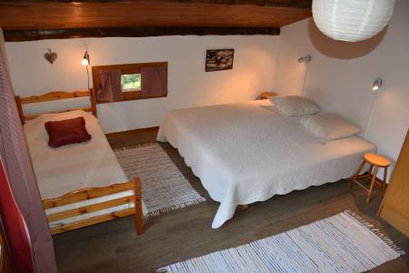 Rent in ski resort 7 room chalet 12 people - Chalet la B'Zeille - Pralognan-la-Vanoise