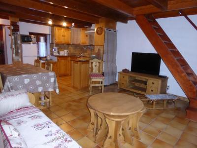 Rent in ski resort 3 room chalet 6 people - Chalet la Petite Maison - Pralognan-la-Vanoise - Living room