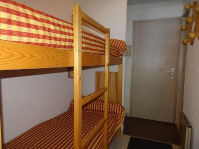 Rent in ski resort Studio 4 people (24B) - Résidence le Chasseforêt - Pralognan-la-Vanoise - Bunk beds