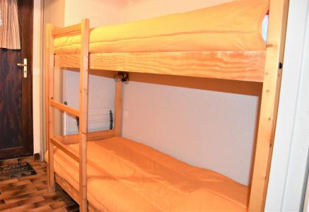 Rent in ski resort Studio sleeping corner 4 people (12) - Résidence le Grand Sud - Pralognan-la-Vanoise - Bunk beds
