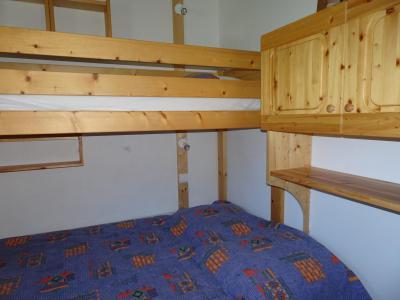 Rent in ski resort 3 room apartment 5 people (6) - Résidence les Alpages de Pralognan F - Pralognan-la-Vanoise - Folding bed