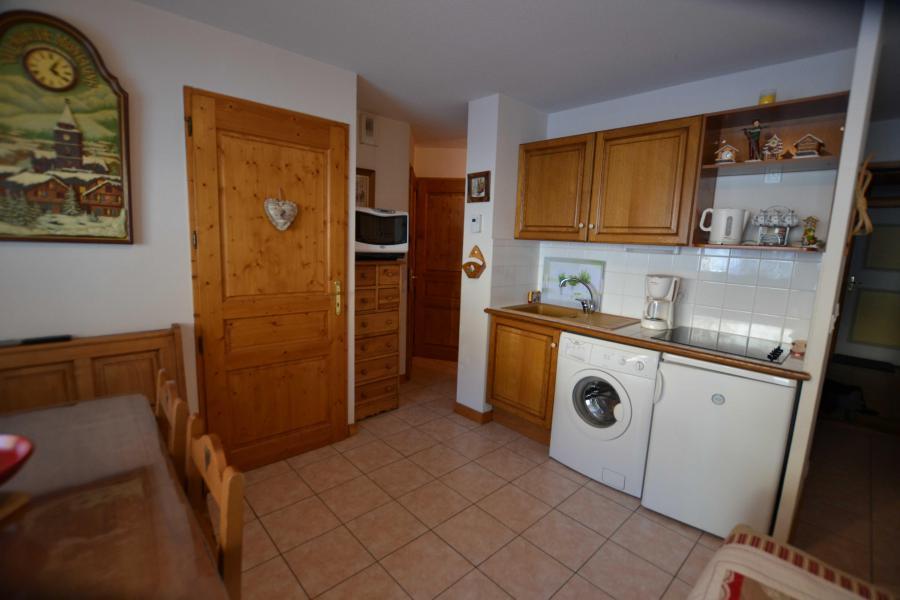 Rent in ski resort 2 room apartment sleeping corner 6 people (05) - Résidence le Parc aux Biches - Praz sur Arly - Kitchen