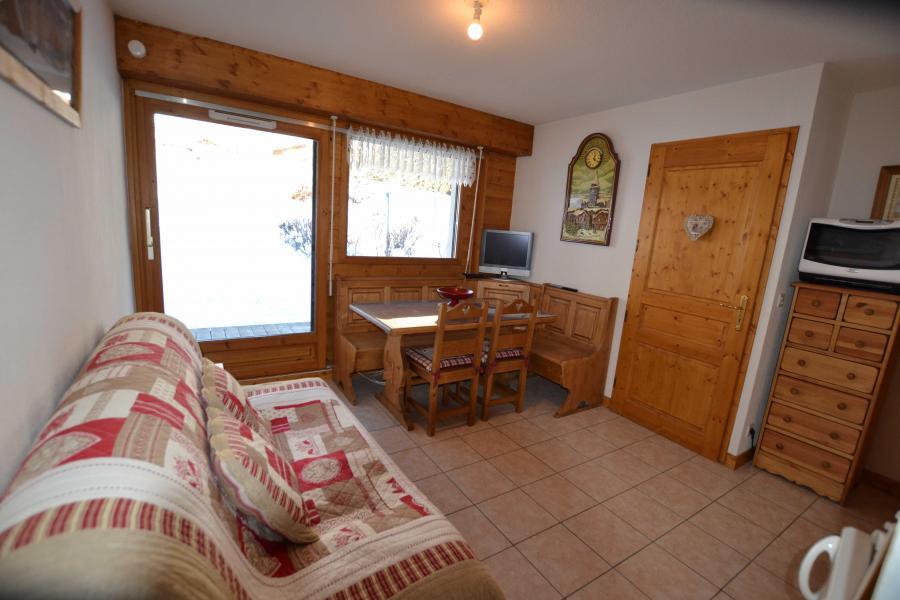 Rent in ski resort 2 room apartment sleeping corner 6 people (05) - Résidence le Parc aux Biches - Praz sur Arly - Living room