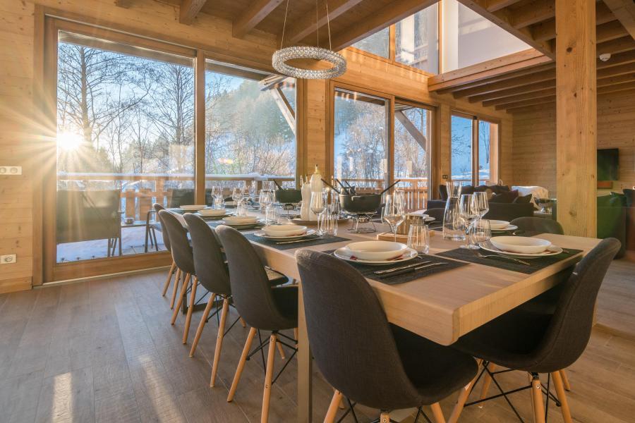 Ski verhuur Résidence Les Portes de Megève - Praz sur Arly - Tafel