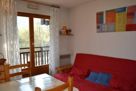 Rent in ski resort Studio sleeping corner 4 people (CDMA1F) - Résidence Clos des Meurets - Praz sur Arly - Living room