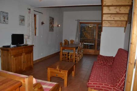 Rent in ski resort 3 room duplex apartment 8 people (ECR211) - Résidence les Ecrins - Praz sur Arly - Living area