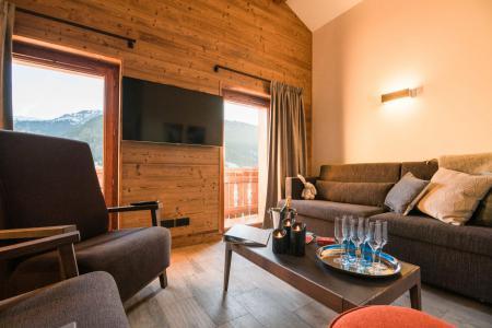 Rent in ski resort Résidence Les Portes de Megève - Praz sur Arly - TV