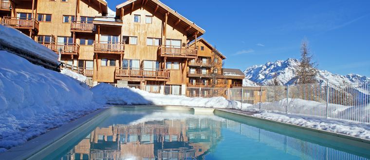 Location au ski Residence Le Hameau Des Ecrins - Puy-Saint-Vincent - Extérieur hiver