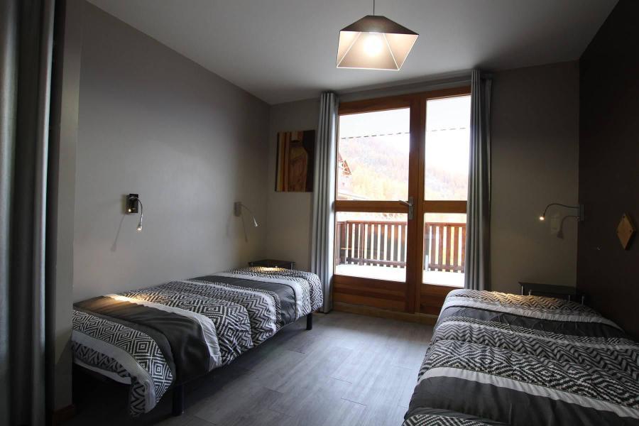 Location au ski Logement 3 pièces 6 personnes (PYGENTD0) - Résidence des Gentianes - Puy-Saint-Vincent