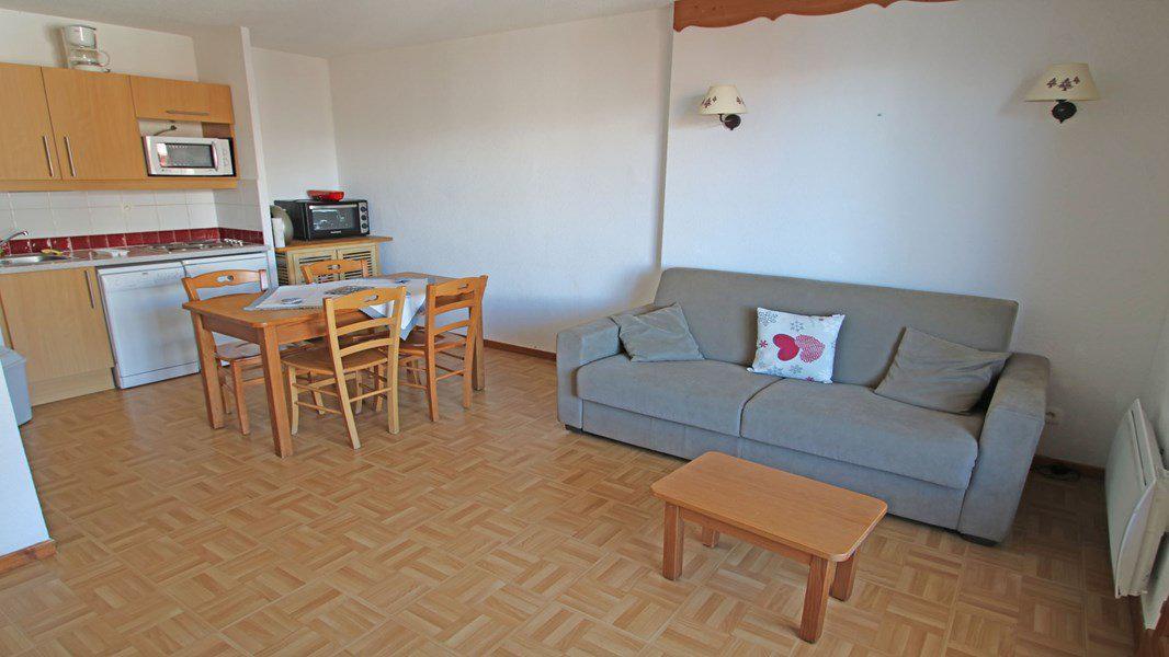 Location au ski Appartement 2 pièces 4 personnes (C27) - Résidence Gentianes - Puy-Saint-Vincent - Canapé-lit