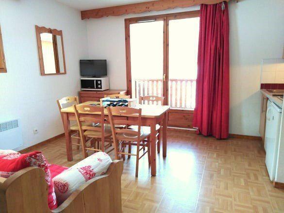 Location au ski Appartement 3 pièces 6 personnes (A42) - Résidence Gentianes - Puy-Saint-Vincent - Table