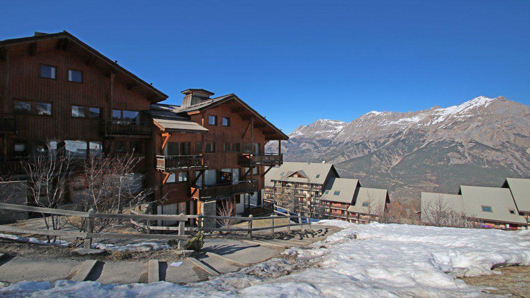 Location au ski Appartement 4 pièces 6 personnes (112) - Résidence Hameau des Ecrins - Puy-Saint-Vincent - Extérieur hiver