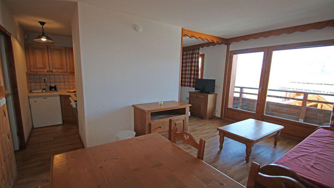 Location au ski Appartement 3 pièces 6 personnes (004) - Résidence La Dame Blanche - Puy-Saint-Vincent - Banquette-lit