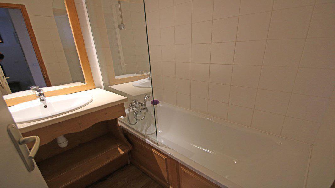 Location au ski Appartement 3 pièces 6 personnes (004) - Résidence La Dame Blanche - Puy-Saint-Vincent - Salle d'eau