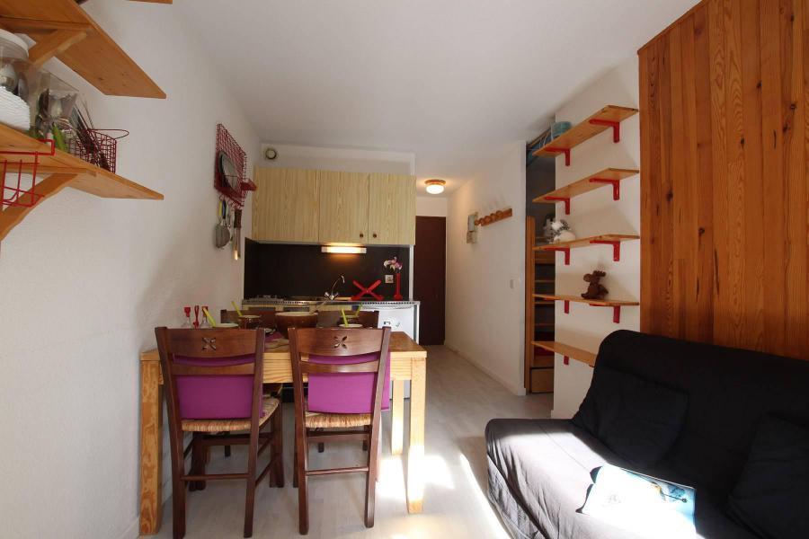 Location au ski Studio coin montagne 4 personnes (210) - Résidence le Sérac - Puy-Saint-Vincent - Appartement