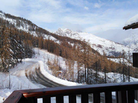 Location au ski Appartement 3 pièces 6 personnes (A42) - Résidence Les Gentianes - Puy-Saint-Vincent - Extérieur hiver