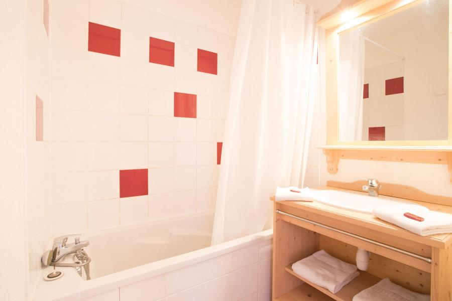 Location au ski Résidence les Gentianes - Puy-Saint-Vincent - Salle de bains