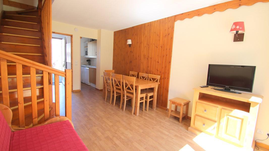 Rent in ski resort 3 room duplex apartment 7 people (CH19) - Résidence Parc aux Etoiles - Puy-Saint-Vincent - Living room