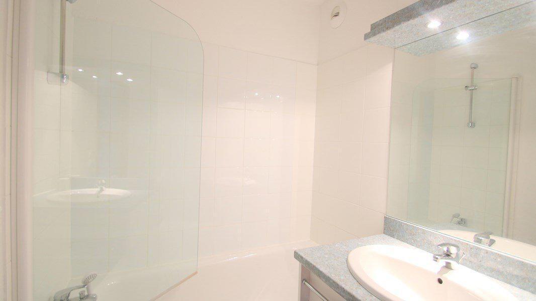 Rent in ski resort 3 room duplex apartment 7 people (CH20) - Résidence Parc aux Etoiles - Puy-Saint-Vincent - Bath-tub