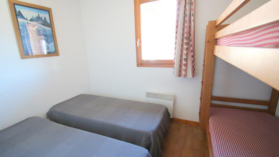 Rent in ski resort 3 room duplex apartment 7 people (CH20) - Résidence Parc aux Etoiles - Puy-Saint-Vincent - Bunk beds