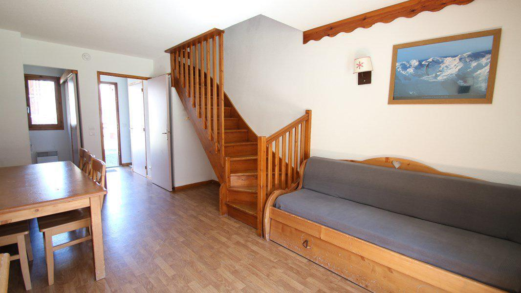 Rent in ski resort 3 room duplex apartment 7 people (CH20) - Résidence Parc aux Etoiles - Puy-Saint-Vincent - Living room