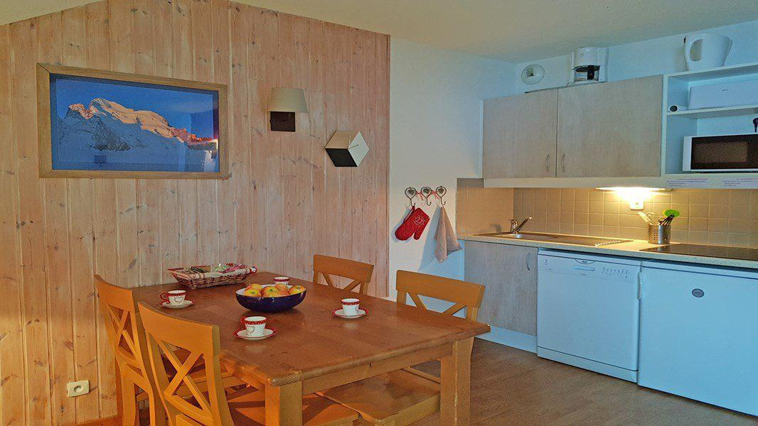 Location au ski Appartement 2 pièces 4 personnes (C408) - Résidence Parc aux Etoiles - Puy-Saint-Vincent - Table