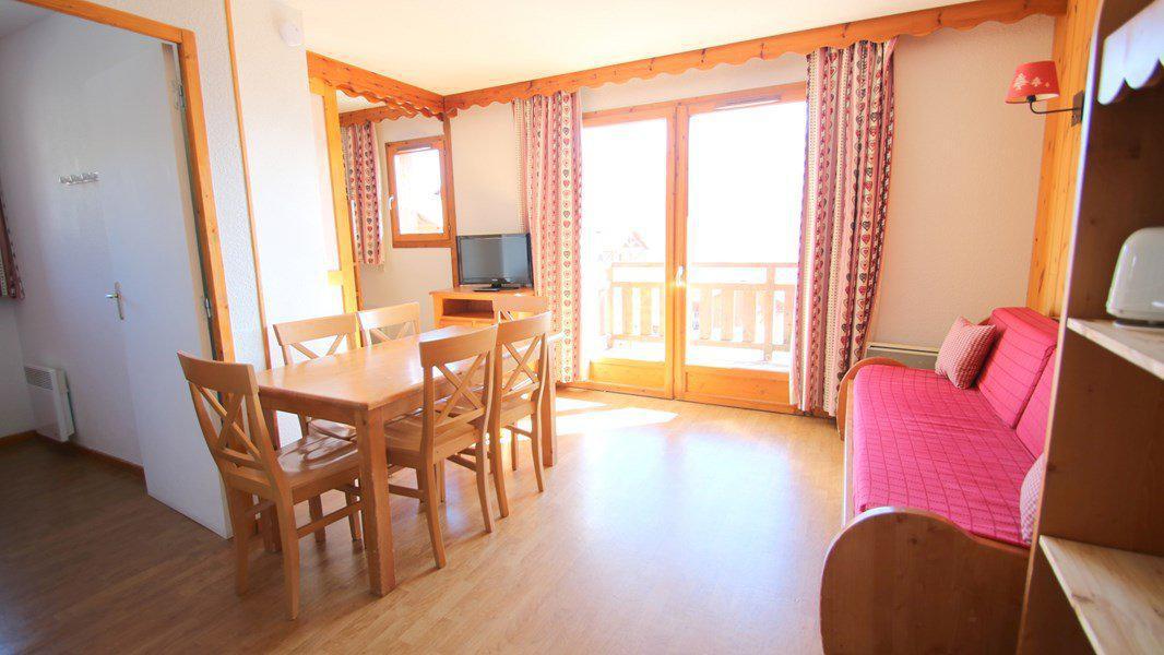 Location au ski Appartement 3 pièces 4 personnes (A104) - Résidence Parc aux Etoiles - Puy-Saint-Vincent - Table