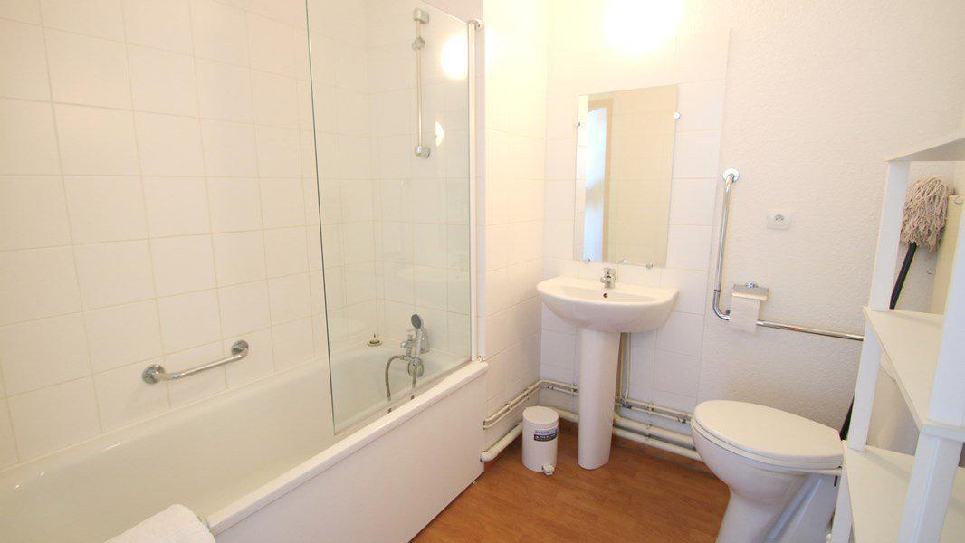 Location au ski Appartement 3 pièces 4 personnes (C311) - Résidence Parc aux Etoiles - Puy-Saint-Vincent - Salle de bains