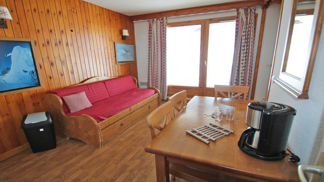 Location au ski Appartement 3 pièces 6 personnes (A008) - Résidence Parc aux Etoiles - Puy-Saint-Vincent - Table