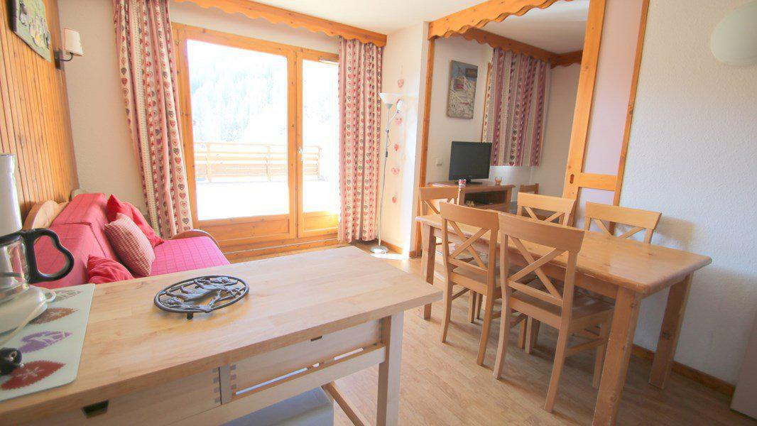Location au ski Appartement 3 pièces 6 personnes (A010) - Résidence Parc aux Etoiles - Puy-Saint-Vincent - Table