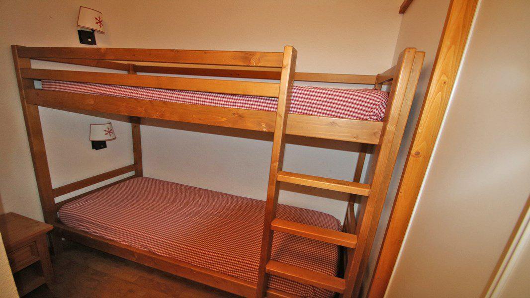 Location au ski Appartement 3 pièces 6 personnes (A102) - Résidence Parc aux Etoiles - Puy-Saint-Vincent - Coin montagne