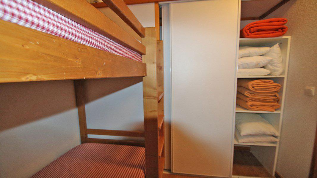 Location au ski Appartement 3 pièces 6 personnes (A102) - Résidence Parc aux Etoiles - Puy-Saint-Vincent - Lits superposés