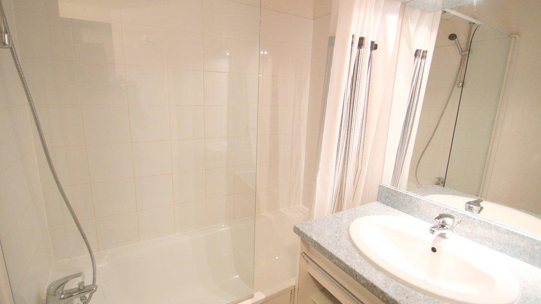 Location au ski Appartement 3 pièces 6 personnes (A209) - Résidence Parc aux Etoiles - Puy-Saint-Vincent - Baignoire