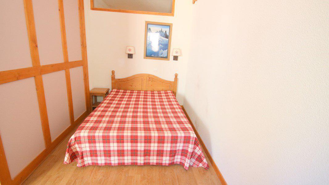Location au ski Appartement 3 pièces 6 personnes (A209) - Résidence Parc aux Etoiles - Puy-Saint-Vincent - Banquette-lit