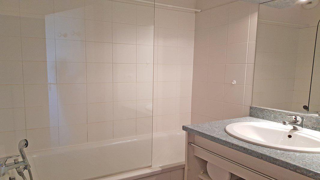 Location au ski Appartement 3 pièces 6 personnes (C201) - Résidence Parc aux Etoiles - Puy-Saint-Vincent - Salle de bains